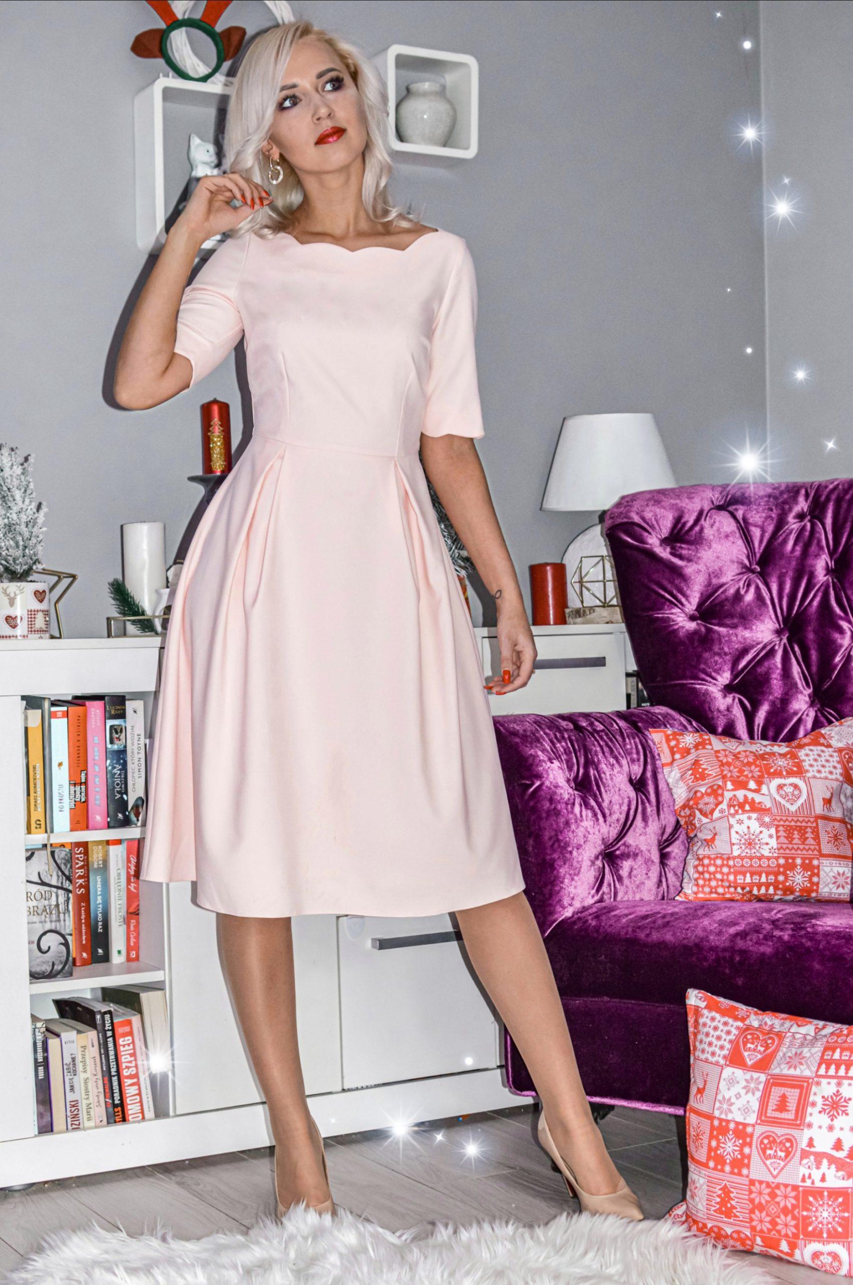 sukienka naświęta